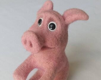 Handmade  needle felted pink piglette