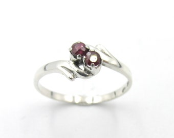 "Vintage ring in classic woman style ""you and me"" in silver 925 set with two garnet size 53"