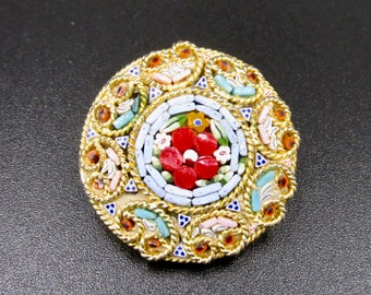 Pretty little vintage Italian brooch, round made in micro mosaic and gold metal