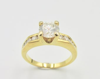 Lonely woman ring accompanied in yellow gold plated and zirconium oxides imitation white diamond T 50