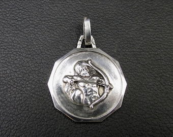 Pendant unisex medal in solid silver astrological sign of sagittarius, zodiac sign.