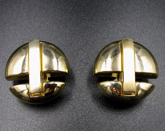 Vintage Orena clip earrings, 70 years with a minimalist modernist style and brushed and polished gold colour