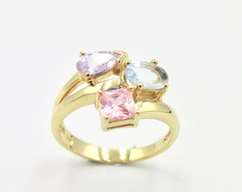 Pretty trilogy ring gold plated oxides zirconium violet amethyst, blue aquamarine and Pink T 50