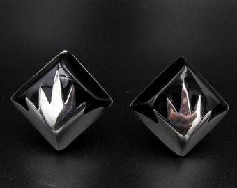 Taxco Mexico vintage 925 silver clip earrings and square diamond-shaped black resin onyx