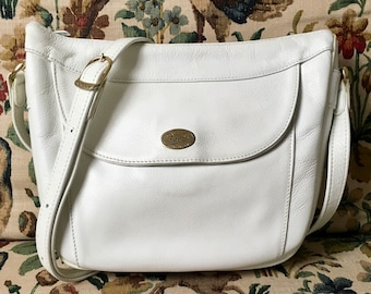 Purse making French vintage worn cross body shoulder from Texier brand white grained leather