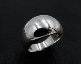 Large bulging ring for women in silver 925, minimalist sleek style T 58