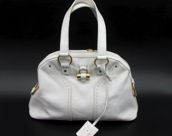 Iconic Yves Saint Laurent Muse bag in small white leather model