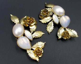 Important floral clip earrings by Zoé Coste set with opal and mother-of-pearl cabochon crystals
