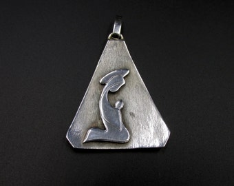 Great 70s pendant, triangle shape, Virgin Mary and the massive silver child