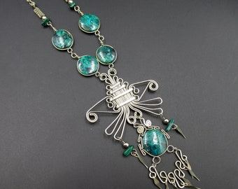 Ethnic women's necklace South America in silver metal and turquoise chrysocolle
