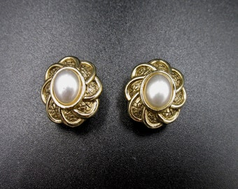 Vintage signed Rochas Paris themed clip on earrings floral cabochon imitation Pearl