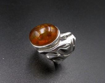 Original brutalist ring for silver women and oval amber cabochon size 52