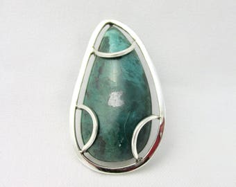 Handmade silver pendant brooch in and malachite drop shape made in Israel