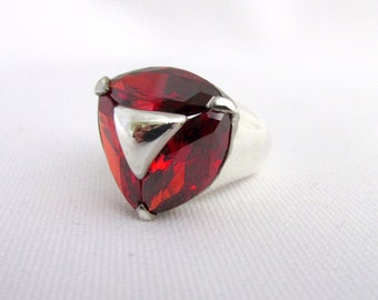 Important silver ring 925 three oxides color garnet center triangle T 57