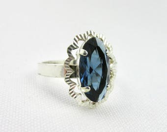 Vintage silver ring 925 classic style synthetic sapphire T56