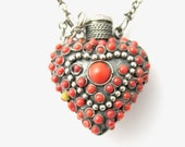 Vintage flask, snuff box pendant, necklace bottle silver heart set with coral red glass cabochon