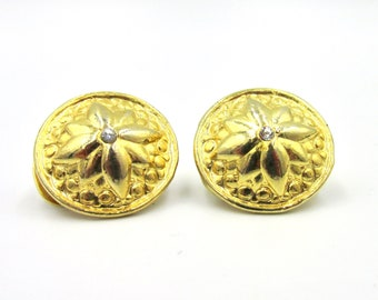 Earrings clip vintage round DFR spray-painted and pattern star gold tone and white rhinestones