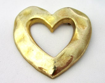 Brooch vintage gold tone Onagrine Paris heart