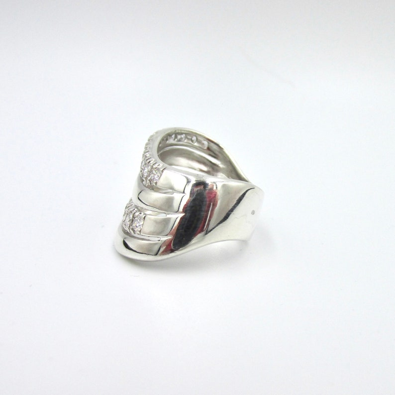 925 wave wavy silver ring and white zirconium oxides T 56