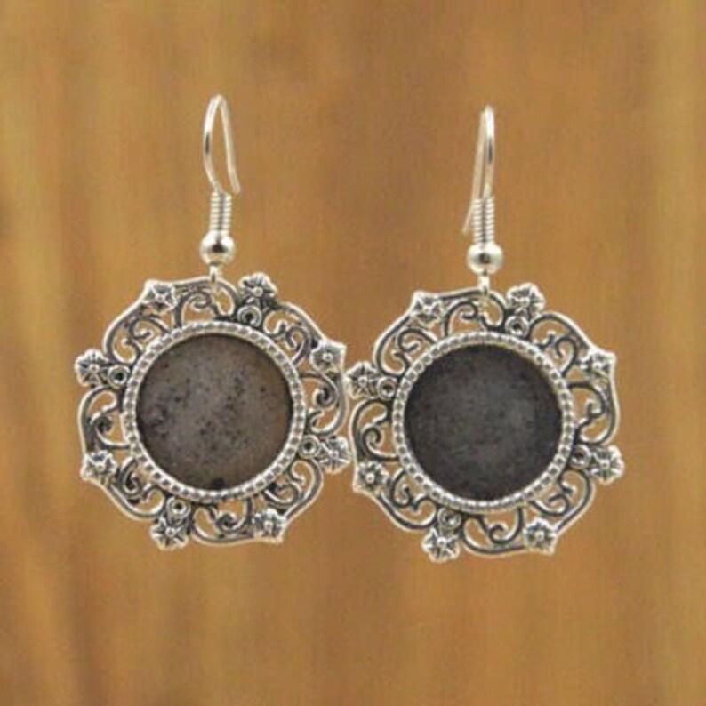 14 mm cabochon Kit earrings