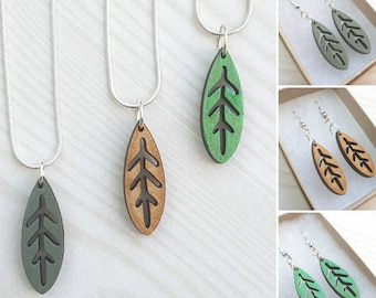 Wooden leaf dangly necklace - handmade - simple lasercut - nature lover present - birthday gift for her - scandi woodland jewelry - folk art