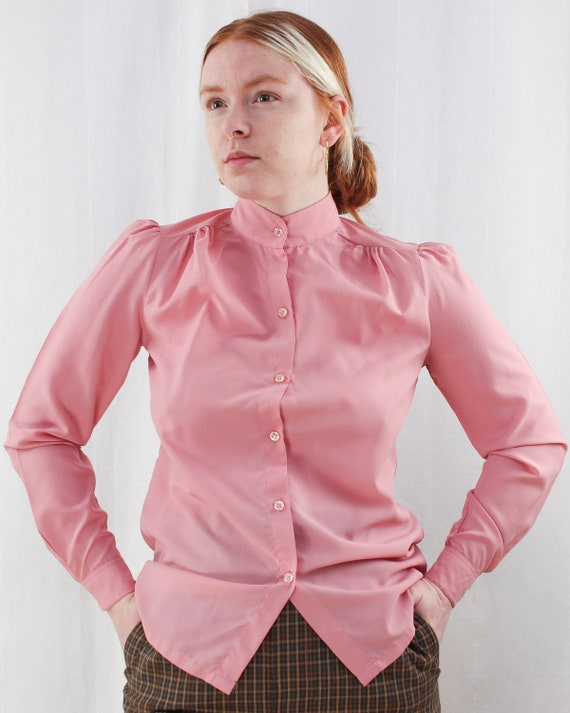 Vintage Peachy pink blouse silky Secretary chic top ~  1970s pink flounce shirt Button down