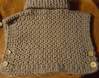 Girl's crochet poncho