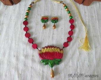 Terracotta Lotus Necklace Set