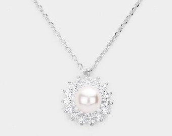 CUBIC ZIRCONIA PEARL Assented Pendants  Necklace