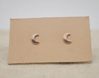 14K Gold Filled Dainty Moon Stud Earrings