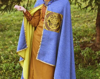 Woolen cloak lined with linen