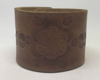 Brown leather cuff bracelet for her Tooled leather bracelet for women Leather wrist cuff Boho leather bracelet Boho jewelry Gift for her