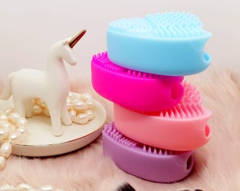 Heart Make Up Brush Cleaner - Pick Your Own! Make Up Brushes Scrubber Board - Makeup Brushes Soft Rubber Silicone Cleaning Pad