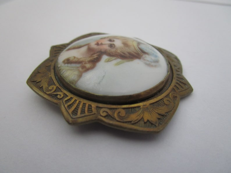 Antique Victorian Hand Painted Porcelain Brooch Beautiful Lady