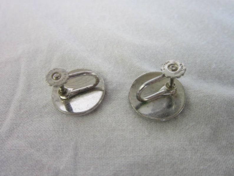 Vintage Designer Well/'s  Retro Sterling Silver Disc Screw Back Earrings