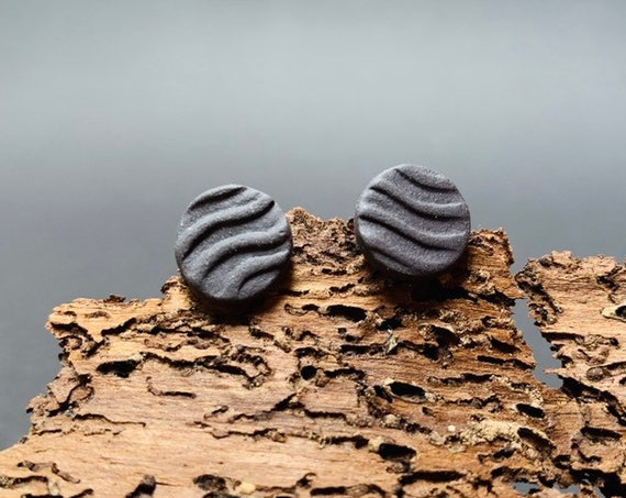Waves Minimalist Porcelain Jewelry | Ceramic Ear Studs, Black Porcelain, handcrafted, earrings silver-plated