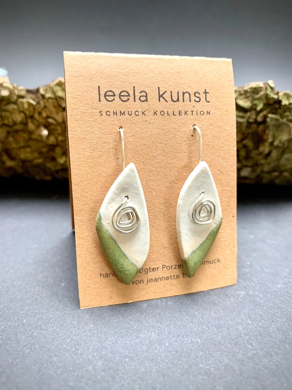 Boho Minmalist Abstrakt Green Porcelain Earrings, dangling leaf style | handcrafted earrings with real silver earwires