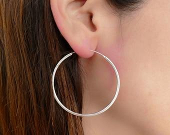 3b53e906b466 silver earring