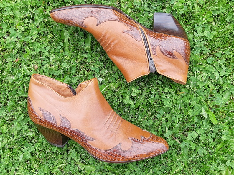 a004d124626a0 Italian Made Western Style Ankle Boots, Ladies Size 8 B, Brown Detailed  Leather, Leather Soles, Side Zipper, Made in Italy, Paloma