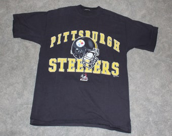 Vintage 90s Clothing NFL Pittsburgh Steelers Football Men Size XL or  Oversized Womens Retro Riddell Helmet Logo Print Short Sleeve T Shirt 224d5e45c