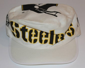 Vintage 80s Clothing NFL Pittsburgh Steelers Football One Size Fits All  Adult Retro Spellout Logo Wrap Around Print Pillbox Baseball Cap Hat 6bf40767571f