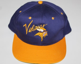 640b2e850 Vintage 90s Clothing Team NFL Minnesota Vikings Football Adjustable One  Size Fits All Adult Retro Spell Out Logo Snapback Baseball Cap Hat