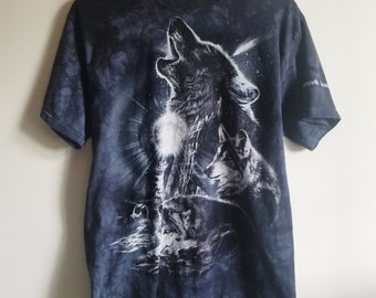 8743d0a0b Wolf T Shirt, Vintage Shirt, Graphic Tee, Wolf Shirt, Hipster Clothing, 90s  Grunge Clothing, 90s Clothing, Vintage Wolf Top, Unisex Clothing