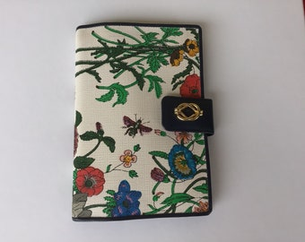 a1b273c2d59 Authentic Vintage Gucci Wallet Organizer Notebook Floral Canvas Leather  Made in Italy