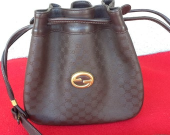 387437aee4a078 Authentic Vintage Gucci Bucket/Drawstring/Crossbody Bag Dark Brown Small  RARE FIND!