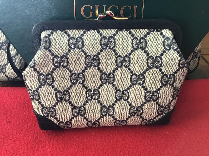 469701036352 Authentic Vintage Gucci Kisslock Clutch/Makeup Bag Blue Canvas | Etsy