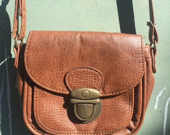 Brown Leather Clasp Purse