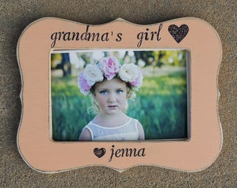 grandma's Girl picture frame personalized Mothers day gift Grandmother Custom gift son daughter grandkids grandchild frame I love you nana