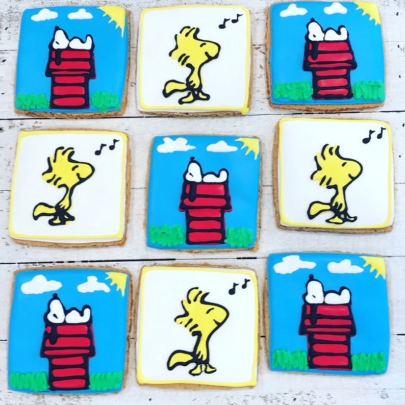 12 Snoopy Cookies Snoopy Birthday Snoopy Party Charlie Brown Cookie Party Snoopy Decorations Charlie Brown Christmas Woodstock Cookie