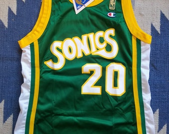 7860025bb32 Gary Payton Seattle Supersonics Vintage Champion Jersey 40 NWT Deadstock  Rare Gold Label NBA Sonics